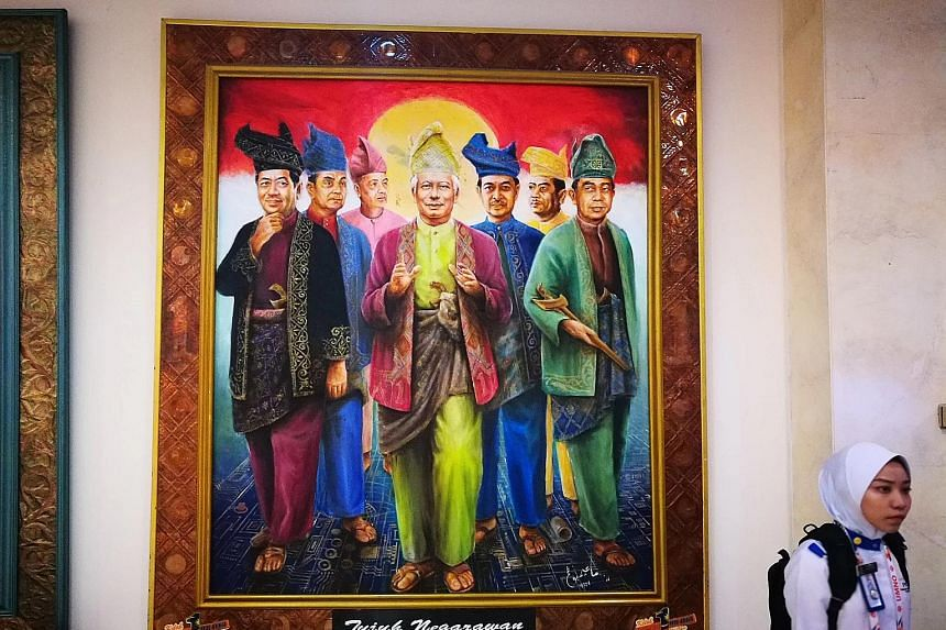 At every annual assembly of Umno, artists display murals and paintings of the party's role in obtaining Malaysia's independence 60 years ago and depict some of the past heroes of the Malay nationalist party. The paintings that attract the most attent