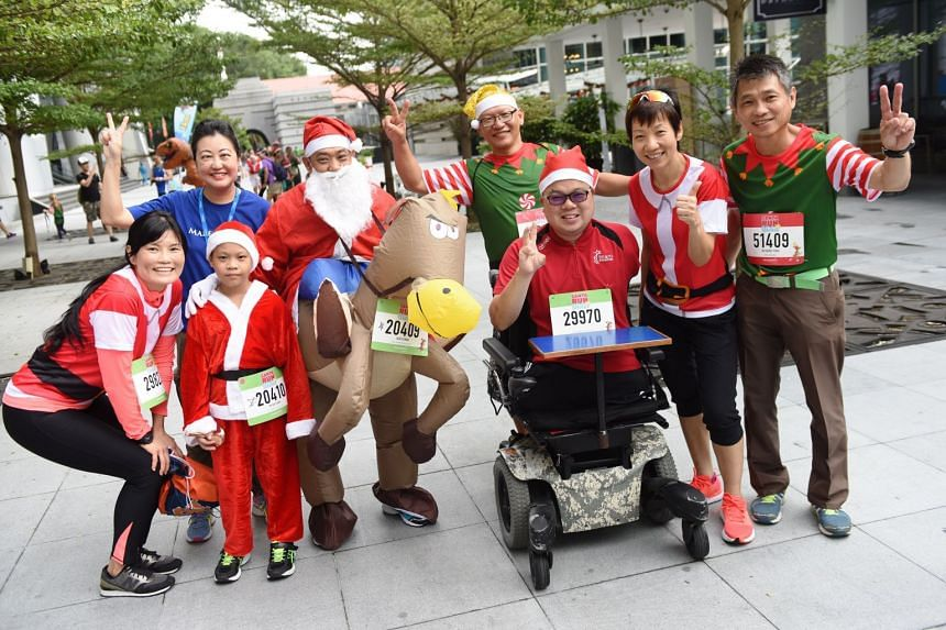 Asean Para Games gold medallist Jason Chee (third from right) was among the supporters who came down to support the cause, and Ms Grace Fu (second from right), Minister for Culture, Community and Youth, graced the event as Guest-of-Honour.