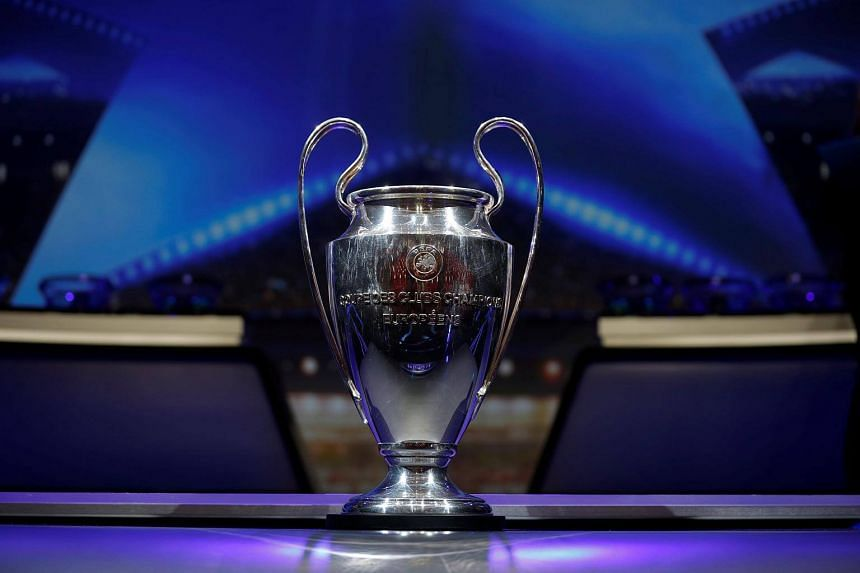 Manchester City, Manchester United, Liverpool, Tottenham Hotspur and Chelsea all progressed from the group stage, making England the first country to have so many sides through to the knockout phase.