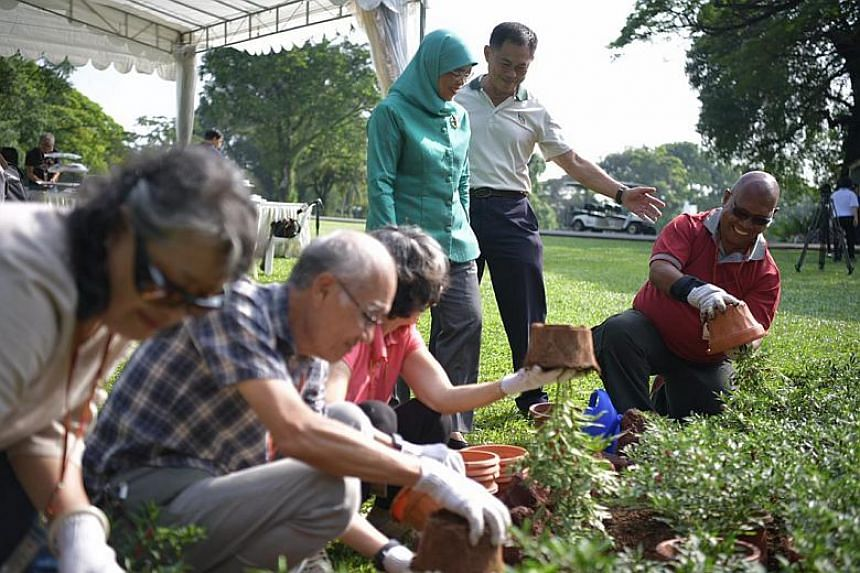 President Halimah Yacob launches the Volunteer Gardeners@Istana programme, a new initiative that Istana and NParks have worked together to make the Istana more accessible to Singaporeans.