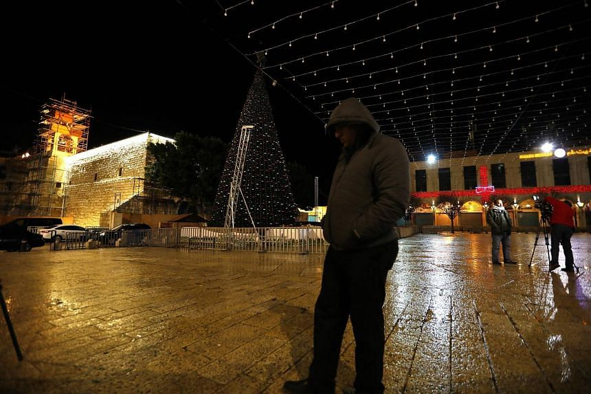 Christian Palestinians turned off Christmas tree lights in Bethlehem as a protest against US President Donald Trump's declaration in recognising Jerusalem as the capital of Israel.