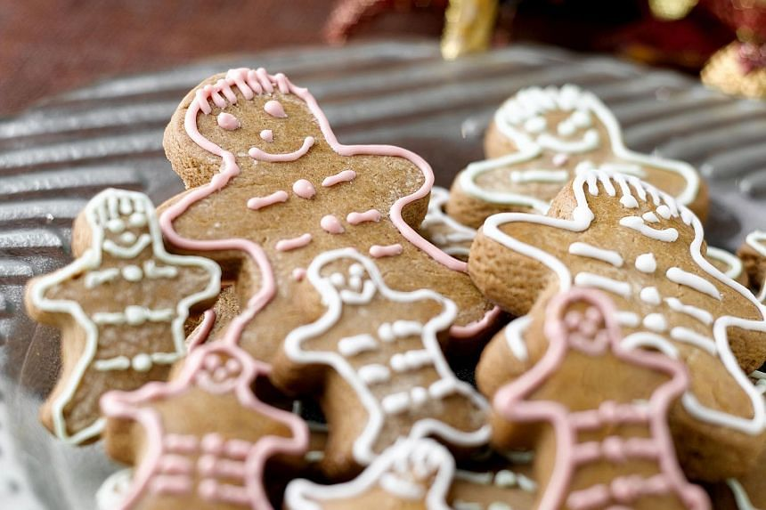 Gingerbread men from Violet Oon.