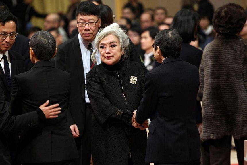 Actresses Susan Shaw (above) and Carol Cheng were among the many Hong Kong entertainers who turned up at a memorial service at Shaw Studios on Tuesday to pay their last respects to entertainment executive Mona Fong.
