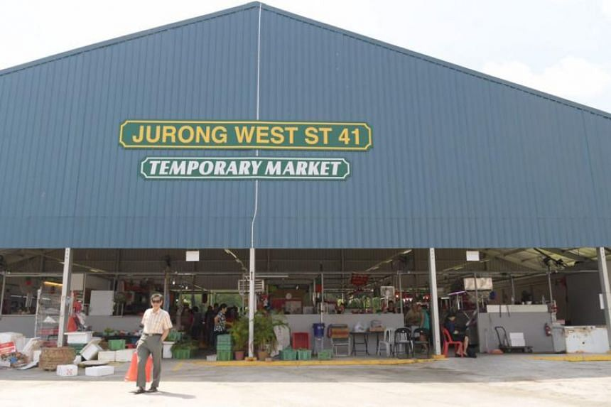 Temporary market at Jurong West St 41.