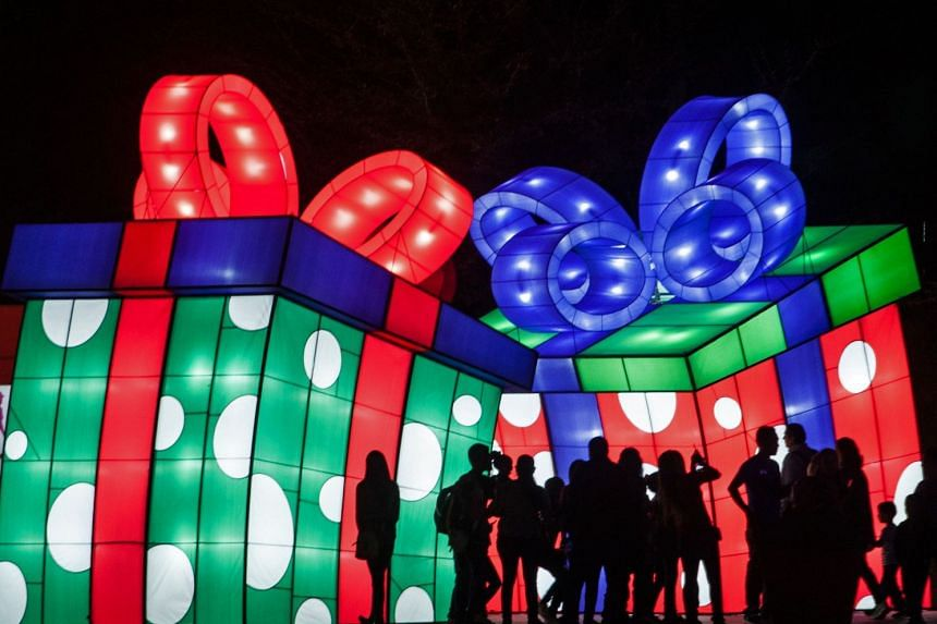 Giant displays at Luztopia - Mexico's festival of lights - which kick-starts the holiday season. Spread over 3km, it is one of Latin America's largest fests.