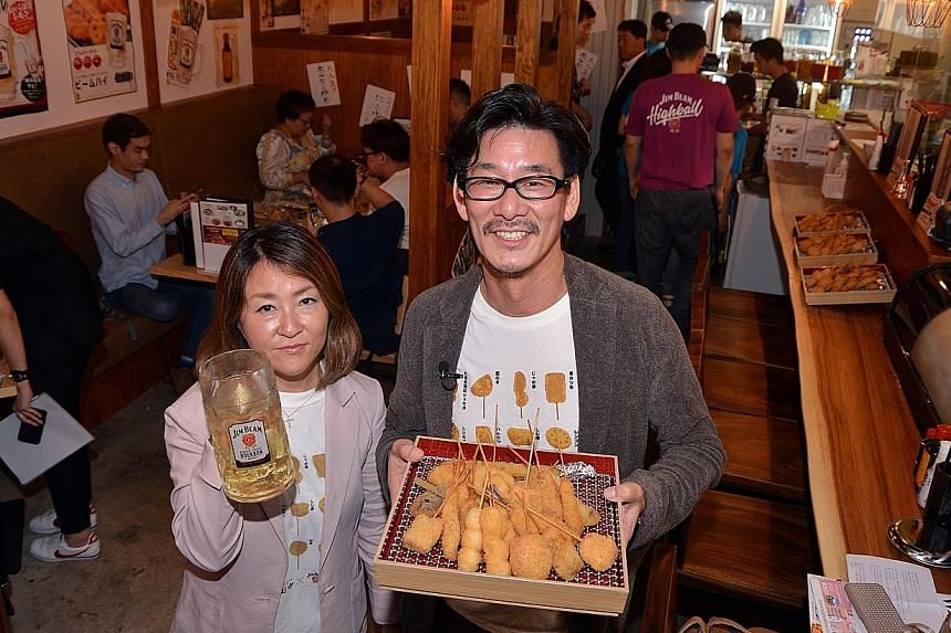 Chiritori hotpan (above, $18 for two for beef, $16 for two for pork) is also on the menu of Kushikatsu Tanaka, which is opened by Ms Hiroe Tanaka and Mr Keiji Nuki (both top).