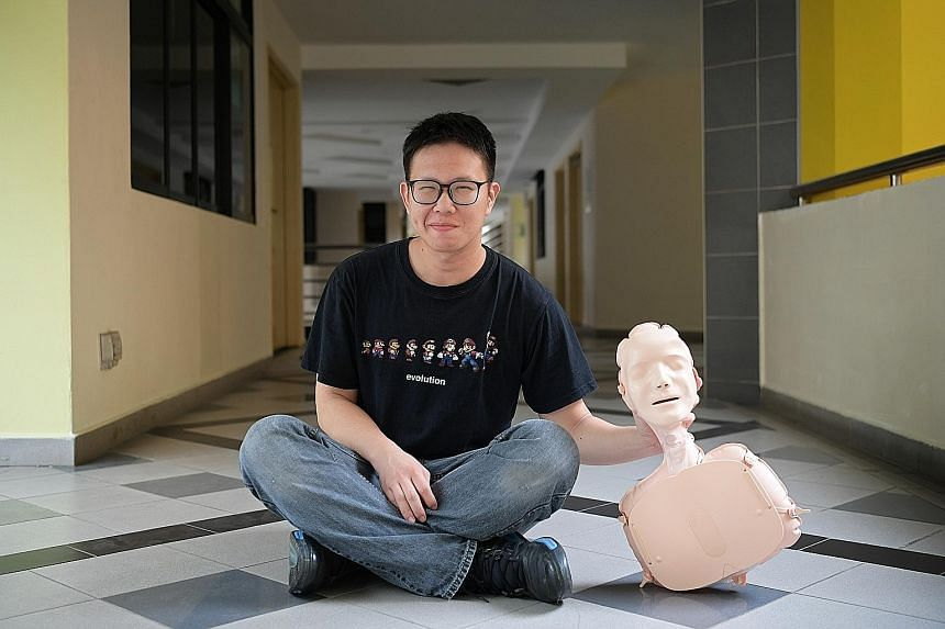 CPR instructor Billy Lim with an inflatable manikin used for practising cardiopulmonary resuscitation (CPR). Knowing simplified CPR enabled Mr Lim to save the life of a cardiac arrest victim last month. He took turns with another bystander to perform