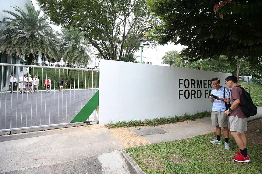 """Before and after workers removed the word """"Syonan"""" from the sign at the Former Ford Factory along Upper Bukit Timah Road in February."""