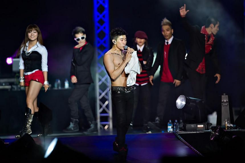 Korean-American rapper Jay Park took off his shirt during his performance, to the delight of his female fans in the audience.