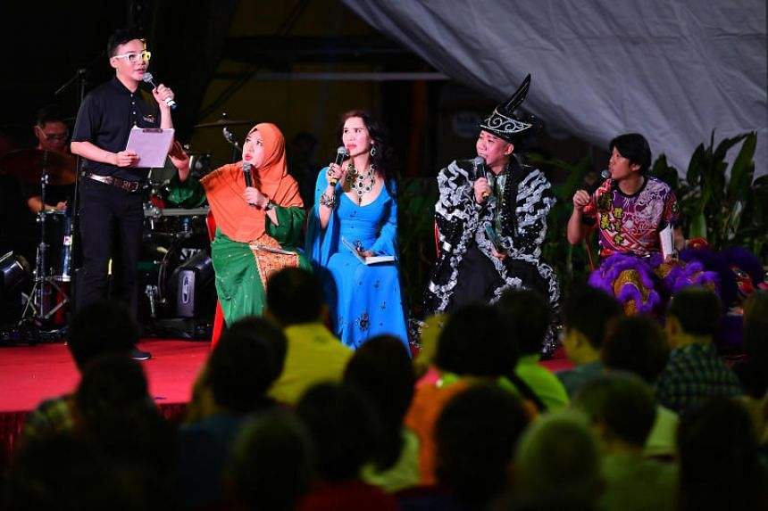 """(From left) Mr Hao Hao, Ms Liu Ling Ling, Ms Guo Min, Mr Sam Loo, and Mr Wang Weiliang, performing a skit on stage at the """"SkillsFuture Roadshow @ Bukit Panjang"""" on Dec 17, 2017."""