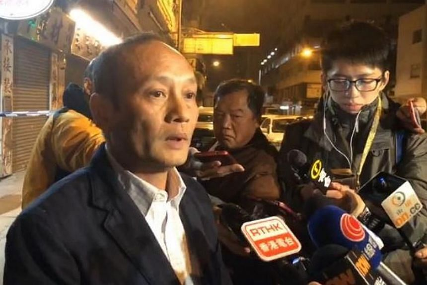 Mong Kok assistant district commander Chung Chi Ming briefing the media on the case.