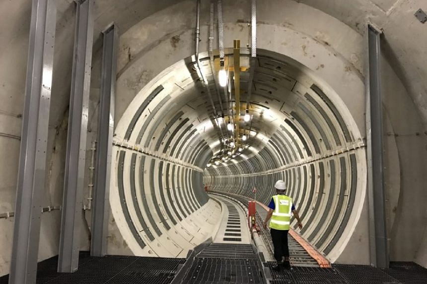 Robots, or automatic inspection vehicles (AIVs), traversing the length of the 40-km tunnels, will look out for changes in the colour of the concrete walls, a warning sign for water leaks.