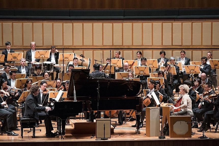 The Singapore Symphony Orchestra's performance of Olivier Messiaen's Turangalila Symphony was a sonic spectacular.