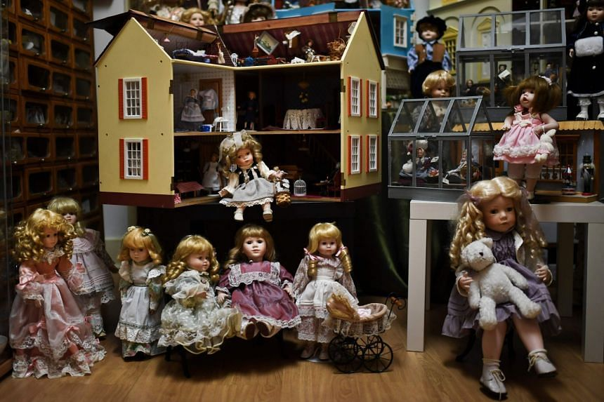 "Delicate toys that have been restored or collected with care and affection for five generations, at the ""Doll Hospital"", a tiny repair shop located in the heart of old Lisbon downtown."