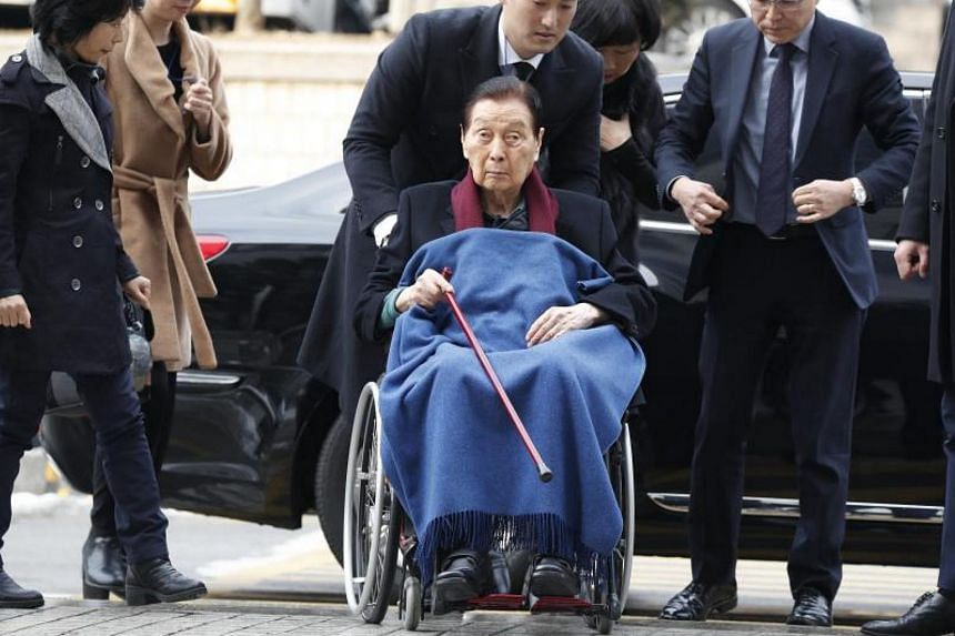 Lotte Group founder Shin Kyuk Ho was sentenced to four years in prison after being convicted of embezzlement and other offences on Dec 22, 2017.