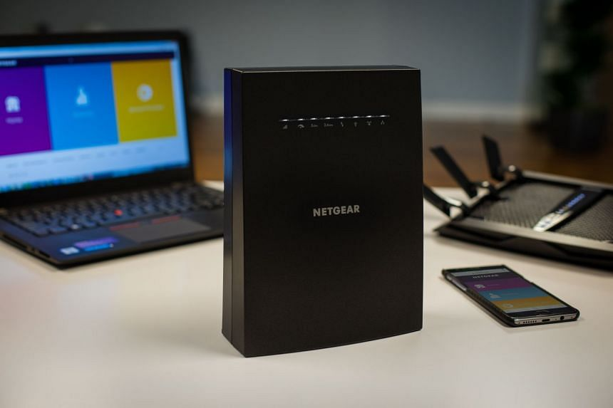 The Netgear Nighthawk X6S (EX8000) Wi-Fi range extender narrows the gap with mesh routers by including features like seamless roaming. PHOTO: NETGEAR