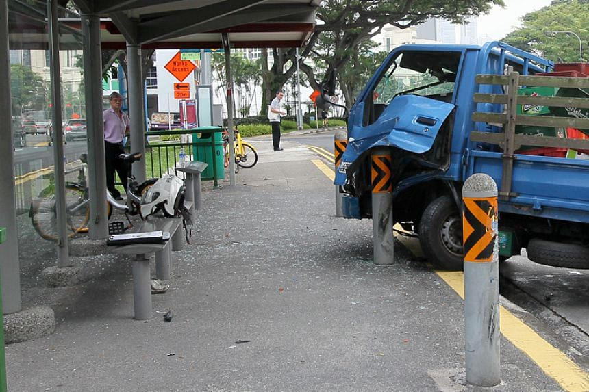 Most of the items on the lorry were not damaged, except for a bicycle that had fallen off the vehicle, a witness said.