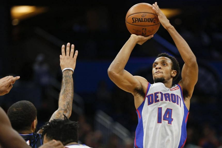 Detroit Pistons guard Ish Smith shoots during the second quarter against the Orlando Magic at Amway Center in Orlando, Florida, on Dec 28, 2017.