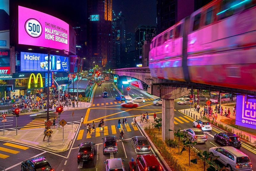 One of Kuala Lumpur's pioneering shopping enclaves, Bukit Bintang has nine malls, dozens of hotels and guest houses, and plenty of eateries and bars to cater to various types of visitors.