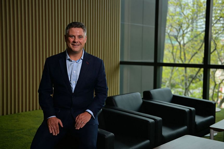 Mr Neil Bowyer was drawn to SMU's EMBA programme structure as he could study at some of the best business schools in the world.