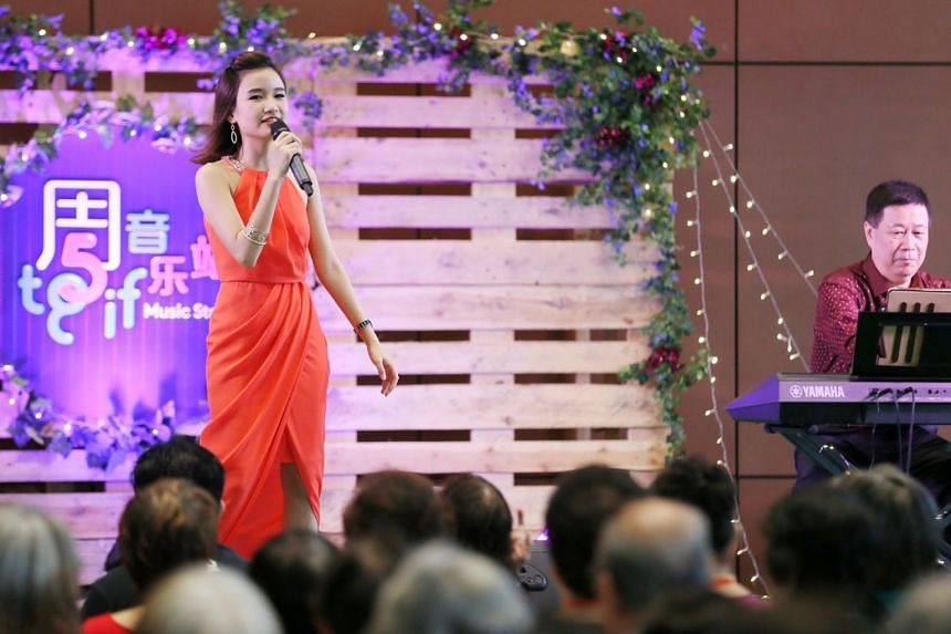 Getai princess Lee Pei Fen performing at the first showcase of the Singapore Chinese Cultural Centre's new TGIF Music Station initiative on Jan 5, 2018.