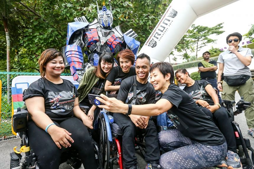 More than 800 beneficiaries took part in the 5km Transformers Run Singapore, on Jan 6, 2017.