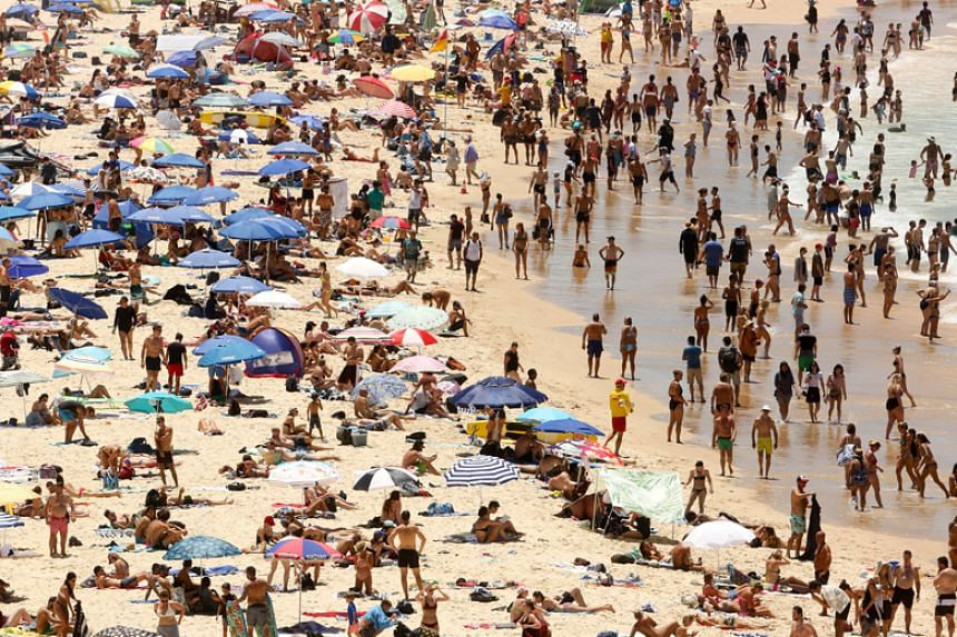 Sydneysiders headed for the beach as temperatures across the city hit in excess of 40 degrees Celsius on Jan 7.