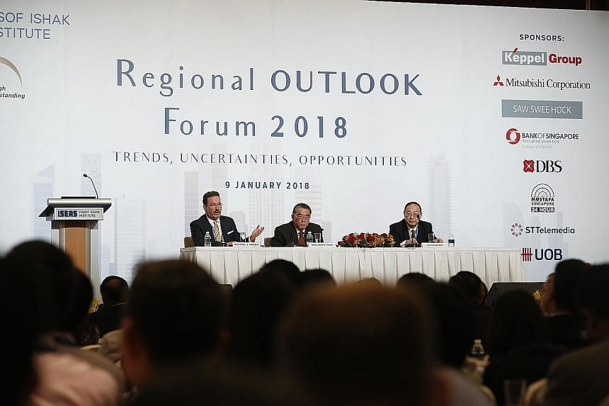 (From left) Dr Michael J. Green from the Centre for Strategic and International Studies, Singapore's Ambassador-at-Large Ong Keng Yong and Professor Jin Canrong, associate dean of Renmin University of China's School of International Studies, at the R