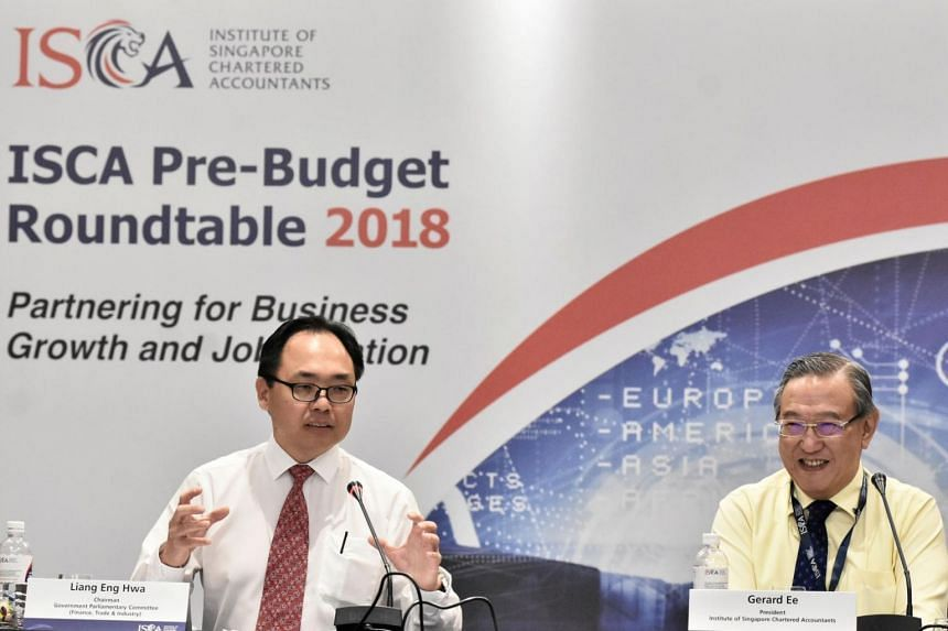 Mr Liang Eng Hwa, chairman of the GPC for Finance, Trade & Industry and Dr Gerard Ee, president of the Institute of Singapore Chartered Accountants, co-chaired the ISCA pre-Budget roundtable 2018.