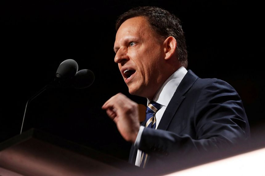 Venture capitalist Peter Thiel has made an offer for online news site Gawker, which has been inactive for more than a year.