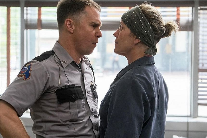 Three Billboards In Ebbing, Missouri snagged the best drama prize at the Golden Globes. But that does not mean it will be headed for the Oscars.