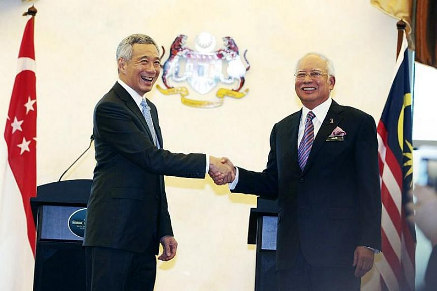 Prime Minister Lee Hsien Loong with his Malaysian counterpart Najib Razak at the last Singapore-Malaysia leaders' retreat on Dec 13, 2016.