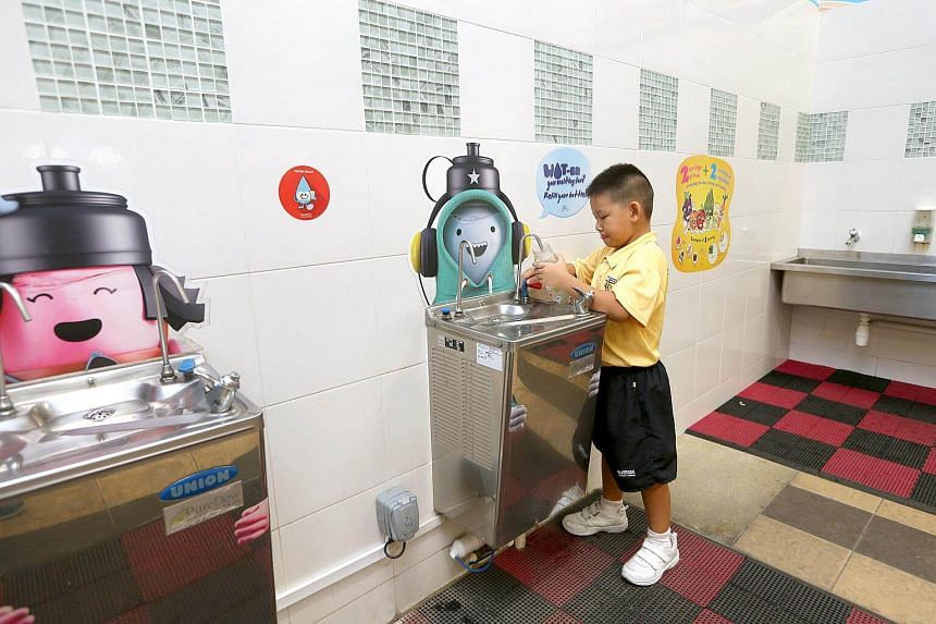 The jury's 'Drink Plain Water' campaign would help stem cravings for sugary drinks, and they promised to install more water coolers at community clubs and cultural institutions.
