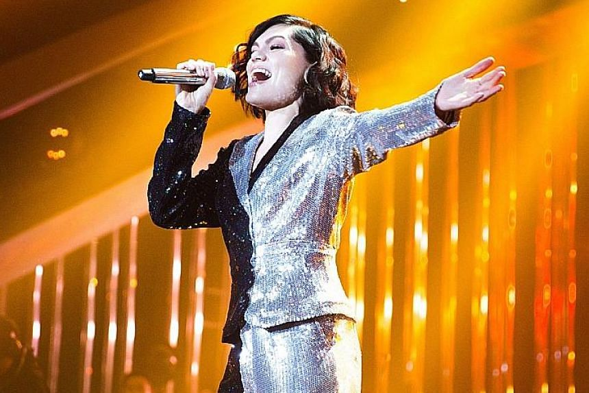 Jessie J performed her smash hit, Domino, on the Hunan TV contest show, Singer 2018.