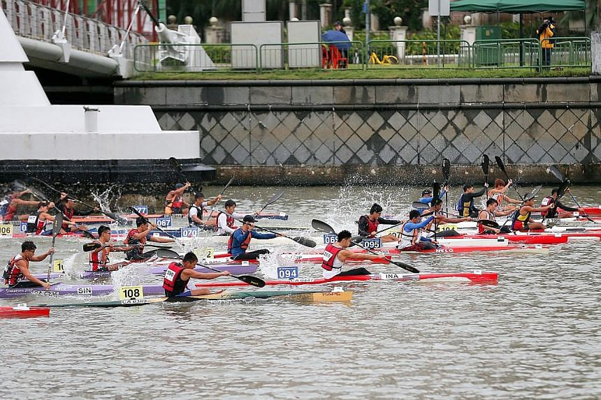 The 17th edition of the Singapore Canoe Marathon saw 800 paddlers take part in 51 categories at the Singapore Sports Hub yesterday.