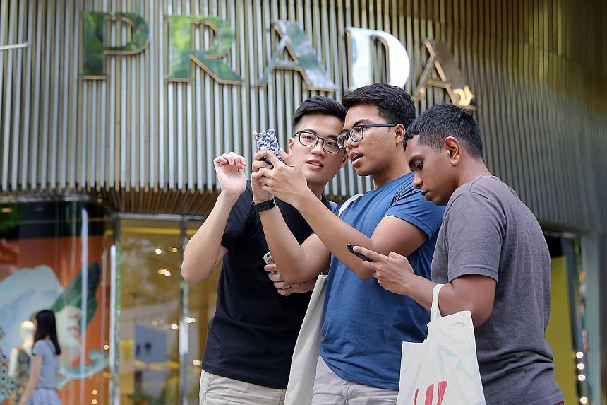 """Telcos have also resurrected unlimited mobile plans, which the RHB research team believed is """"a tactical move to lock in subscribers ahead of new mobile entrants""""."""