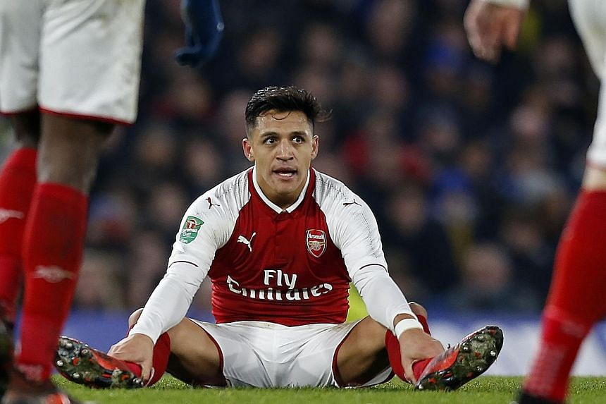 Chile forward Alexis Sanchez is a target for Manchester United and Manchester City. United are strong contenders for his signature because of their willingness to meet Arsenal's £35 million (S$63.8 million) asking price, with the possibility of Henr