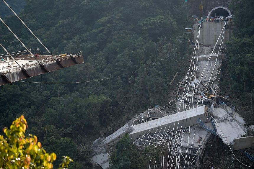 A view of the bridge that collapsed on the road that connects Bogota with the city of Villavicencio, Cundinamarca department, on Jan 15.
