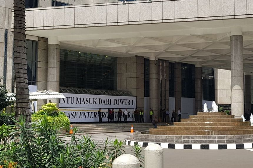Tower 2 of the Indonesia Stock Exchange was closed off, the day after a walkway collapsed and injured 70.