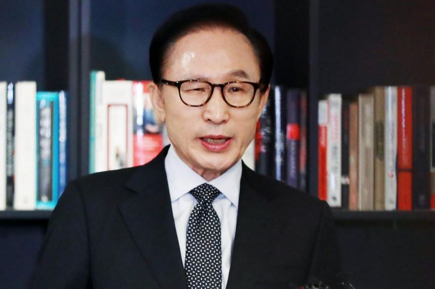 Former South Korean President Lee Myung-bak speaks during a press conference at his office in Seoul on Jan 17, 2018.