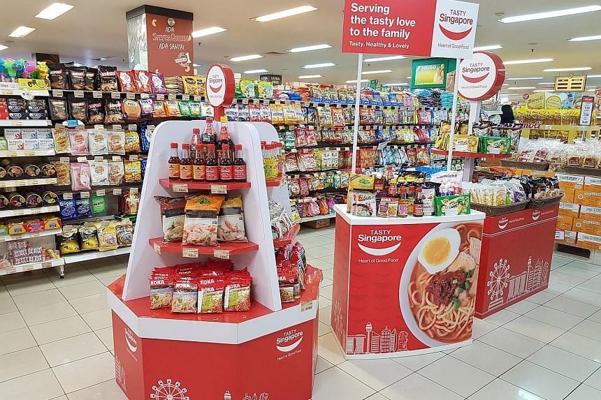 The Tasty Singapore Food Aisle campaign allows different food manufacturers to sell their products in Indonesian supermarkets as a group through a common Singapore branding.