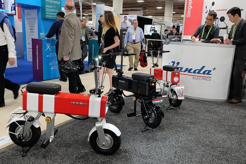 Vanda Electrics, showcased the latest variant of its MotoChimp electric scooter at CES 2018.