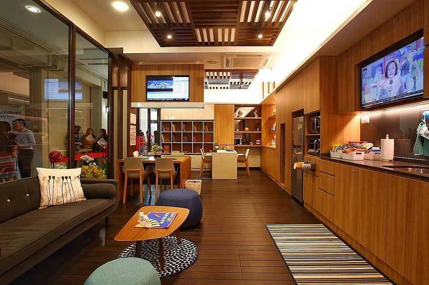 The Institute of Mental Health's new family room has a kitchen, dining area and lounge, and caregivers of young patients can take a break there. There are books and a TV, and Wi-Fi access as well.