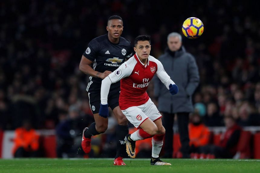 Alexis Sanchez would earn between £400,000 and £500,000 (between S$732,500 and S$915,600) a week before tax by moving to Old Trafford, according to reports.