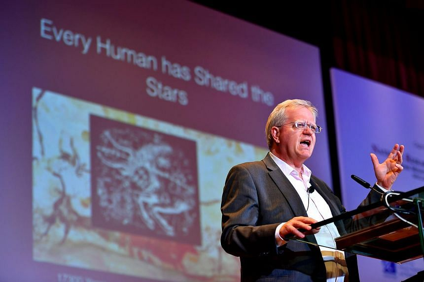 Professor Brian Schmidt delivering a plenary lecture at the opening ceremony of the Global Young Scientists Summit 2018 at NTU on Jan 21, 2018.
