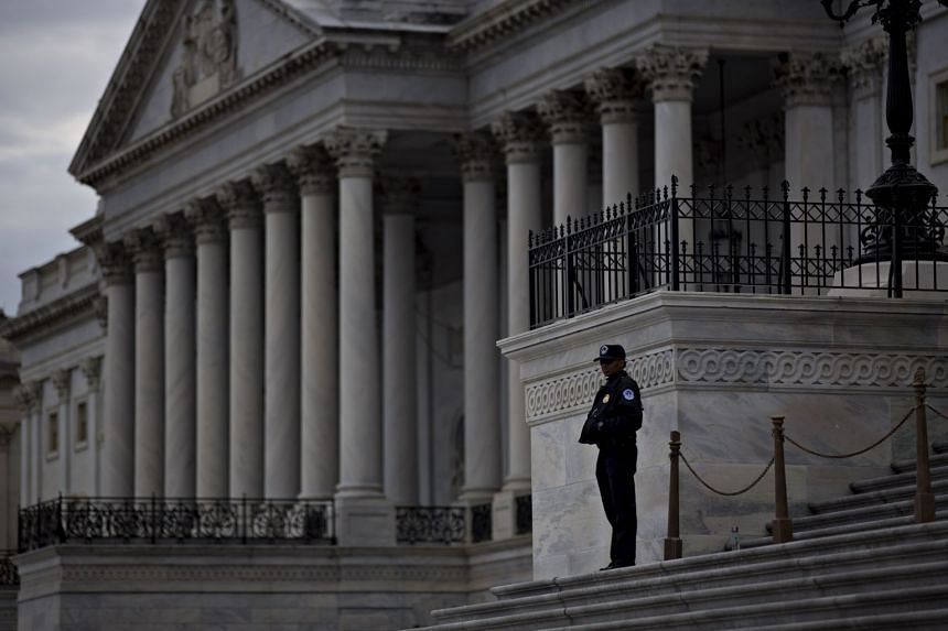 US Senate leaders failed to reach agreement to end a federal government shutdown before the work week begins on Monday (Jan 22).