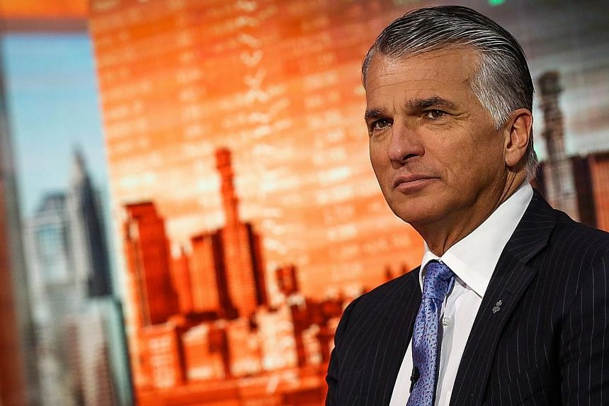 Mr Sergio Ermotti, chief executive of UBS Group, said the bank was aiming for a flexible capital return policy with an attractive dividend, and complementing it with a share buyback.