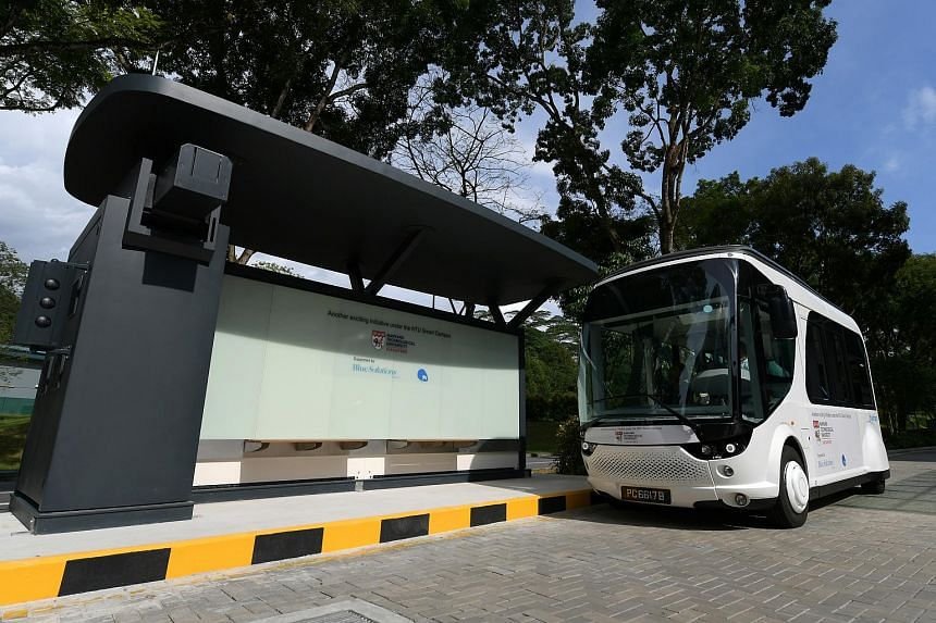 The NTU-Blue Solutions Flash Shuttle, was launched by the university and electric vehicle-sharing firm BlueSG, a subsidiary of Blue Solutions under the Bollore Group.