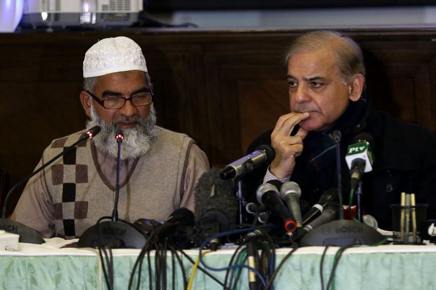 Chief Minister Shahbaz Sharif (right) at a media briefing with Ameen Ansari, father of murdered Zainab Fatima Ameen.
