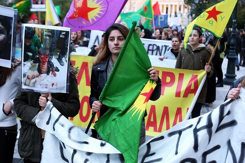 Kurds in Athens protesting on Tuesday against the Turkish offensive in Afrin, in north-western Syria, and the attack on US-backed Syrian Democratic Forces. The Turkish military said on Tuesday that it had killed at least 260 Syrian Kurdish fighters a